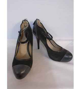 M&S Marks & Spencer - Size: 6 - Dark Green - Court shoes