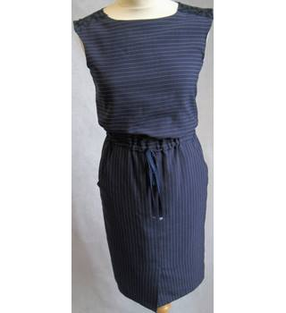 "Unbranded - Size: UK- 6/ 32"" - Blue Striped-Fully Lined-Lace Rear-Tie front Elasticated Waist-Sleeveless Dress"