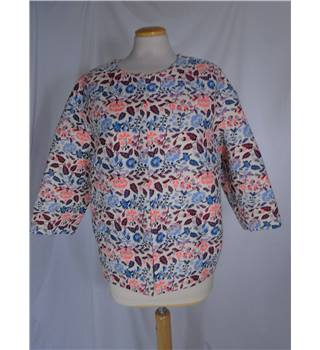 NWOT M&S Per Una Size 12 Cream with red and blue leaf pattern jacket