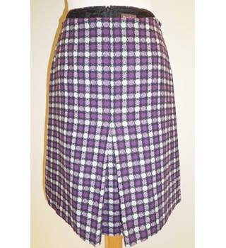 Phase Eight - Size: 12 - Purple/Grey - Patterned skirt
