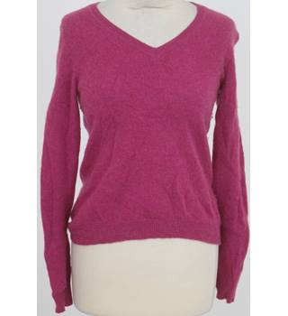 Deane & White, size S bright pink cashmere jumper