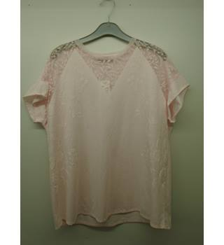 M&S Marks & Spencer - Size: 14 - Pink - T-Shirt