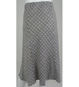 Marks & Spencer Collection CLASSIC Black/White Linen Patterned Knee-Length Skirt UK Size 18 / Euro Size 46
