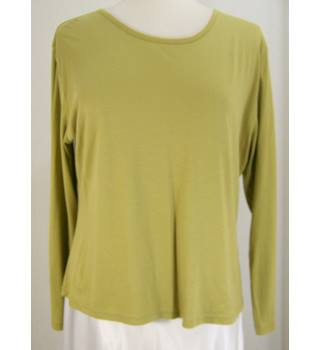 Spirit of the Andes - Size: XL - Olive Green - Long-sleeved Top