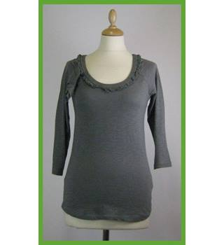 ONLY - Size: M - Grey