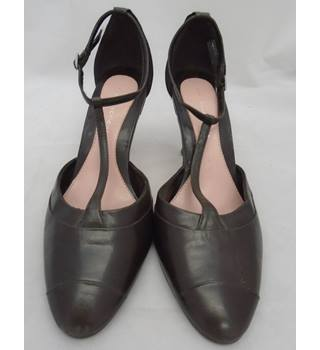 Marks and Spencer - Size 3 - Dark Brown - Heels