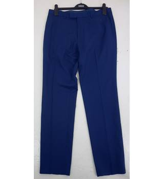 "M & S Size: M, 32"" waist, 31"" inside leg Blue Smart/Stylish ""Limited Edition"" Polyester Trousers"