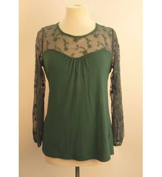 Wallis Green Blouse with Lacy Arms / Shoulders Size M Wallis - Size: M - Green - Blouse