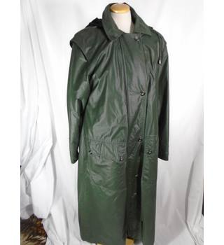 Cloud Nine - Size: S - Green - Raincoat with detachable hood & lining