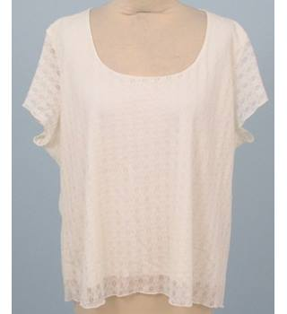 Saloos Collection - Size: 20 - White Lace Blouse