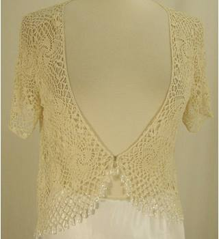 Country Casuals - Size: S/M - Ivory Cover Up Top