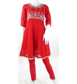 Unbranded Size 10  red with silver beaded Salwar Kameez