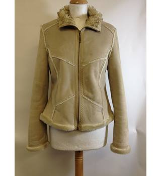 Brand new - River Island - Faux Suede Jacket - size 8 River Island - Size: 10 - Beige - Jacket