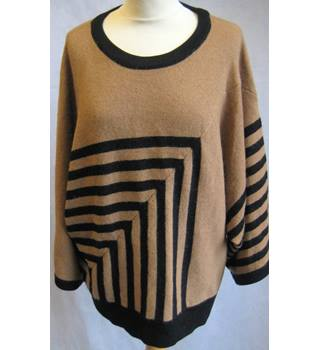 JAEGER LONDON - Size: L - Tan & Black Striped- Wool Blend-Kimono  Sleeve Jumper