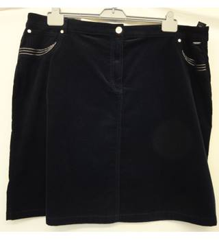 Per Una - Size: 24 - Navy Blue - Knee length skirt