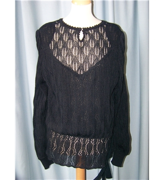 "Unbranded - Size 40"" - Black lace-effect top with skirt"