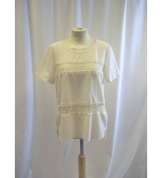 French Connection - Size: XS - Cream / ivory - Capped sleeve Top