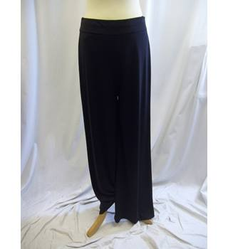 Phase Eight - Size: 12 - Black - Trousers