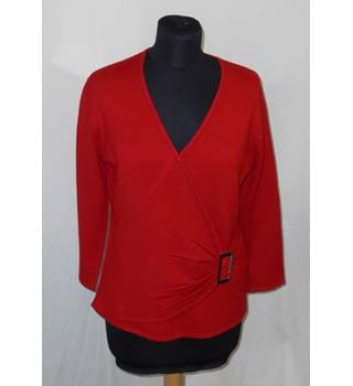 Impact size L Red Jumper