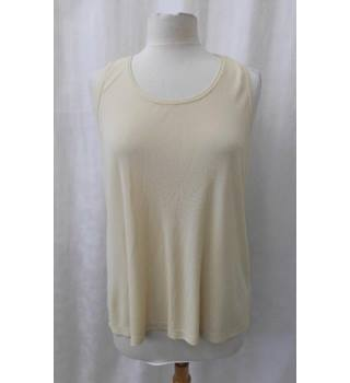 Ischiko - Size: 16 - Cream - Sleeveless top