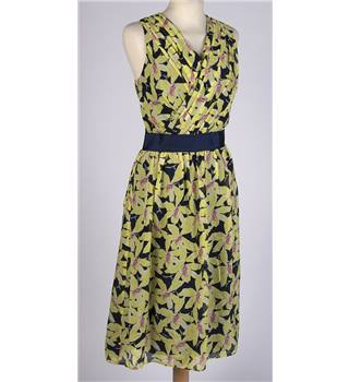 Havren size: 10 silk yellow and navy floral dress