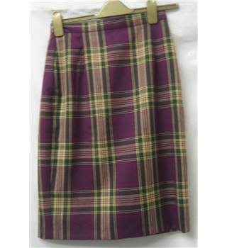 Alexon Size: 10 Purple checked Pencil skirt