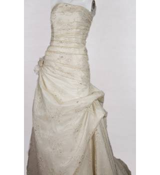 Estes - Cream beaded strapless wedding dress with train - Size: 12