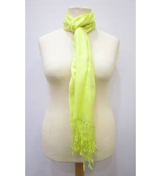 BNWOT M&S Marks & Spencer - Size: One size - Yellow - Pashmina