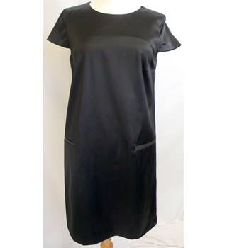 Theory - Size: 10 - Black - Knee length dress