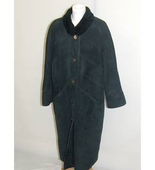50% OFF SALE Unbranded Retro Vintage Ladies Dark Green Suede Winter Coat Unbranded - Size: L - Green - Casual jacket / coat