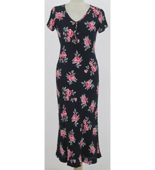 Laura Ashley: Size 8: Black with red roses dress