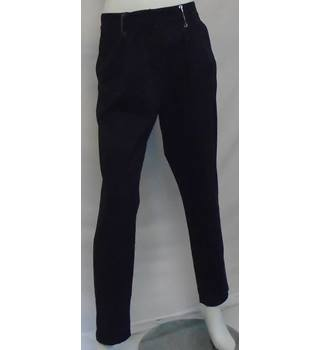 REDUCED BNWT - Calvin Klein - Size: 12 - Navy Blue - Trousers