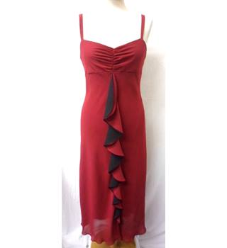 Satsuma London - Size 12 - Red with front red and black pleat cocktail/evening dress