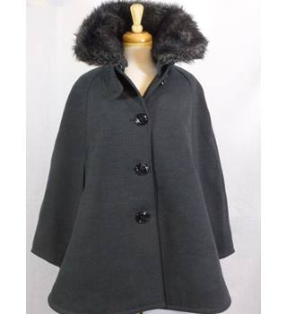 Stunning grey cape coat by Steve Madden - Size: M - Grey - Smart jacket / coat