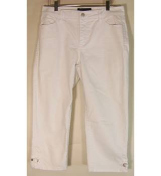 "BNWT M&S Marks & Spencer - Size: 32"" - Cream / ivory"