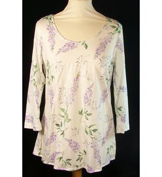BNWT M&S Marks & Spencer - Size: 10 - Purple - Blouse