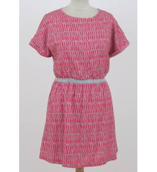Johnnie B, Size: M, pink and grey dress
