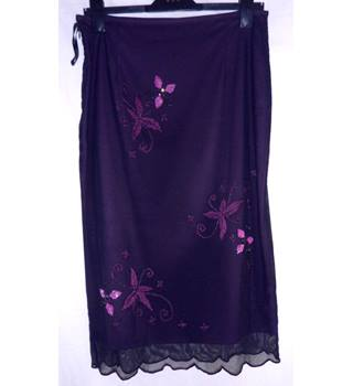 Maria Grachvogel - Size: 12 - Eggplant purple - Calf length skirt