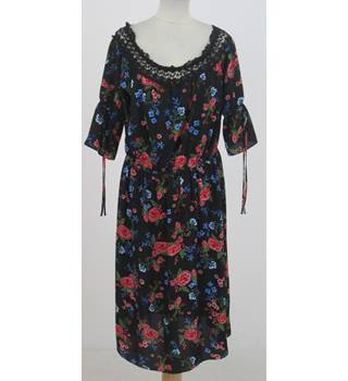 Peacocks - Size: 16 - Black floral dress