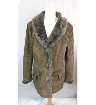 Wallace Sacks Leather Collection - Size 16 - Brown with faux fur collar/shawl lapel coat