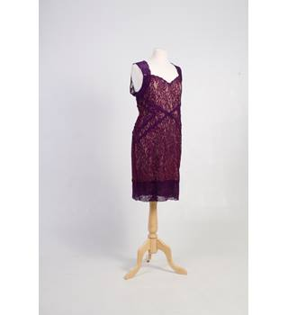 oasis purple lace dress fully lined size L Oasis - Size: L - Purple - Cocktail dress