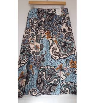 BNWT marks and Spencer midi multi col skirt size 14 M&S Marks & Spencer - Size: 14 - Blue - A-line skirt
