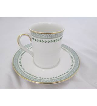 Royal Doulton 12 Espresso Cups & Saucers