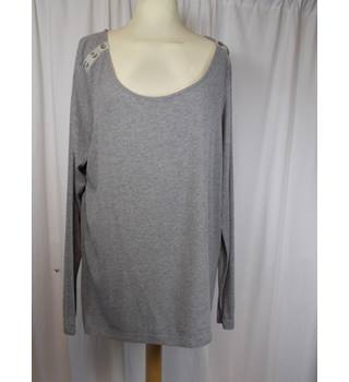 M&S Autograph ladies size 18 top