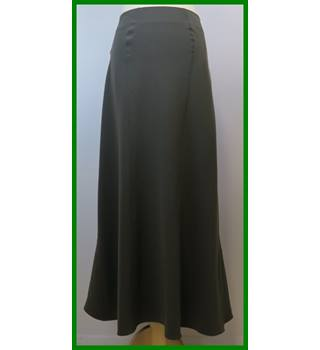 Georges Rech Synonyme - Size: 16 - Khaki green - Long skirt