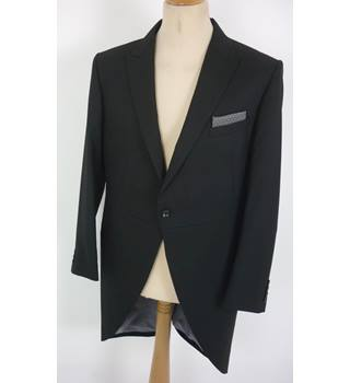 "M & S  Size: L, 42"" chest, tailored fit Black Stylish/Smart ""Occasion"" Polyester & Viscose Tailcoat Suit Jacket."