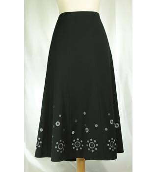 M&S Marks & Spencer - Size: 12 - Black - Calf length skirt