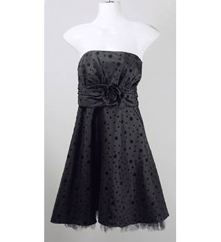 Nightway Cocktail Dress - Black - Size 8 Nightway - Size: 8 - Black