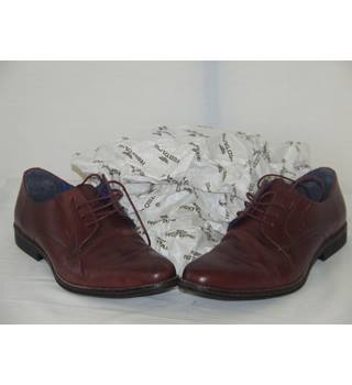 50% OFF SALE Red Tape Shoes Red Tape - Size: 9 - Burgundy - Lace-ups