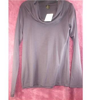 BNWT - Peruvian Connection - Size S - Purple with long collar top